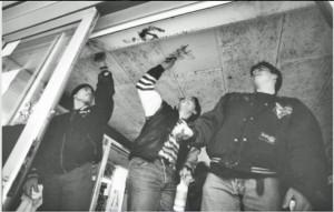 24.01.1975 Weezenhof hangjeugd opknappen WC