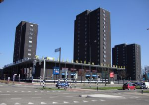 Nijmegen_(Gld,_Nl)_Winkelcentrum_Dukenburg kopie